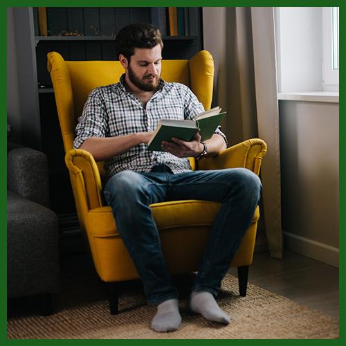 Fotel uszak – 5 zastosowań dla stylowego mebla